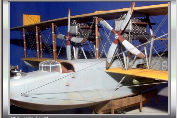 Curtiss H-16 America